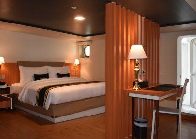 Doulos Phos, Cabins, Exec Suite (2)